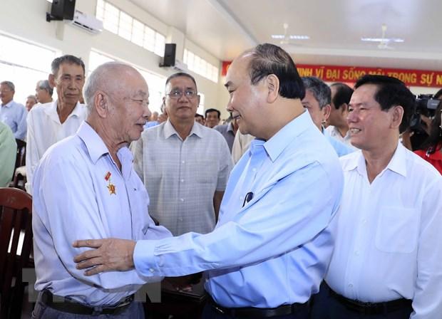 Thu tuong Nguyen Xuan Phuc tham va lam viec tai Tra Vinh hinh anh 1