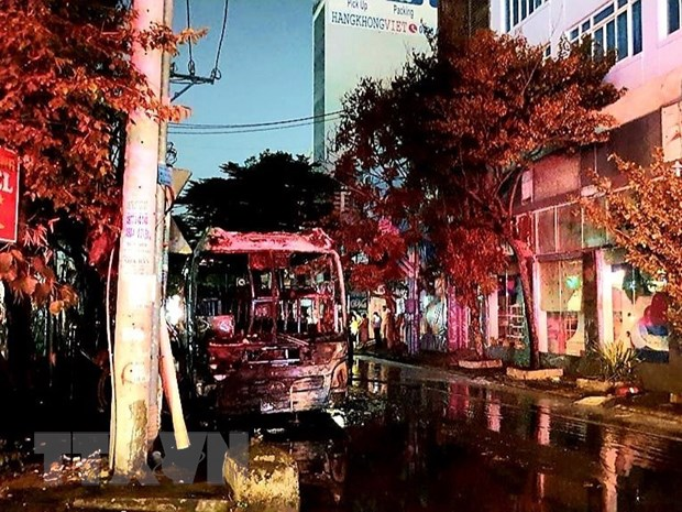 TP.Ho Chi Minh: Mot xe khach bat ngo chay rui khi cho khoi hanh hinh anh 1