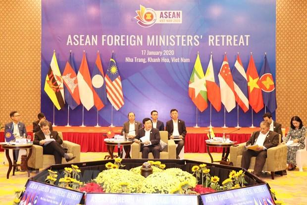 Tuyen bo bao chi cua Chu tich Hoi nghi hep Bo truong Ngoai giao ASEAN hinh anh 1
