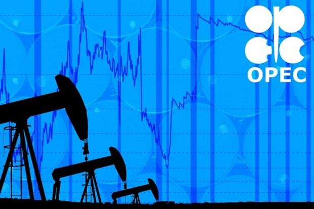 OPEC+ co the tiep tuc cat giam san luong khai thac den het nam nay hinh anh 1