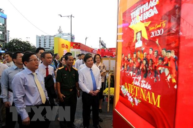 Khai mac Le hoi Duong sach Thanh pho Ho Chi Minh Tet Canh Ty 2020 hinh anh 2