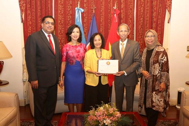 Viet Nam dam nhan chuc Chu tich luan phien Uy ban ASEAN tai Argentina hinh anh 1