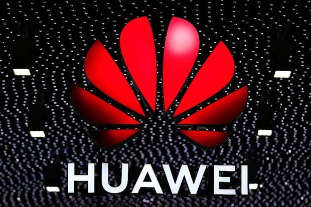 Huawei keu goi FCC khong dan nhan hang la moi de doa an ninh quoc gia hinh anh 1