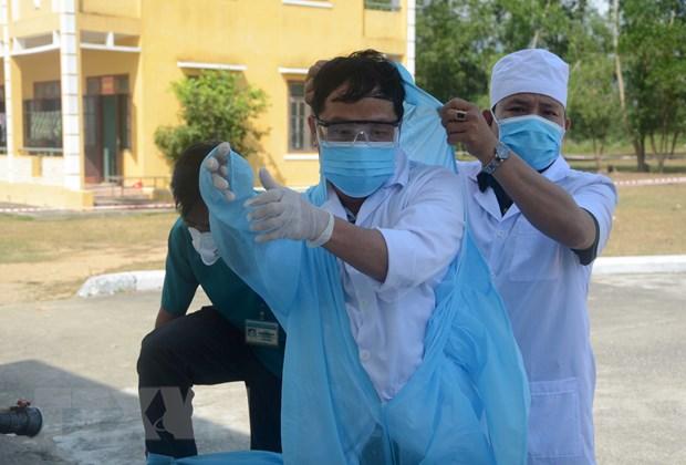 Khong de lay nhiem cheo SARS-CoV-2 tu benh nhan sang bac sy hinh anh 1