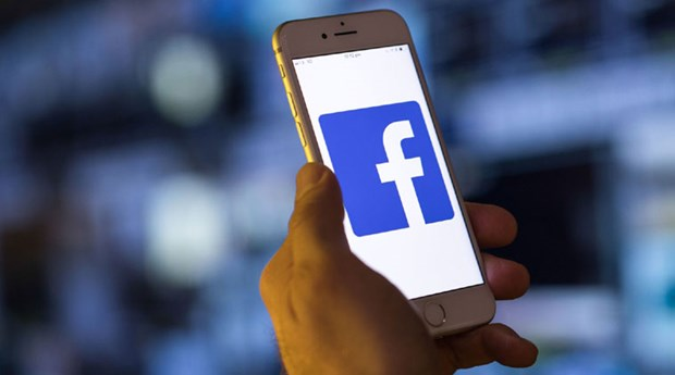 Bat giu ba doi tuong chuyen hack facebook de lua dao gan 4 ty dong hinh anh 1