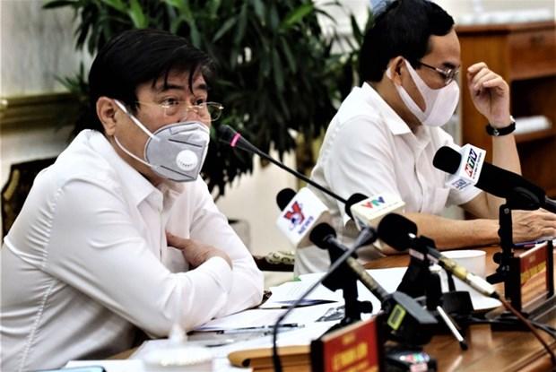 Thanh pho Ho Chi Minh no luc khong che so ca mac COVID-19 hinh anh 1