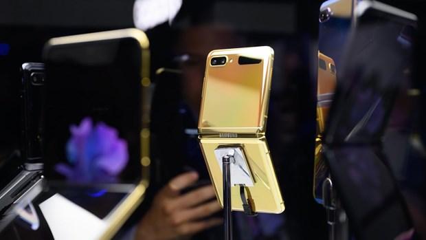 Samsung bat dau cho dat hang truoc Galaxy Z Flip phien ban vang hinh anh 1