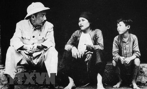 Nhan len nhung gia tri tot dep tu tu tuong Ho Chi Minh hinh anh 1