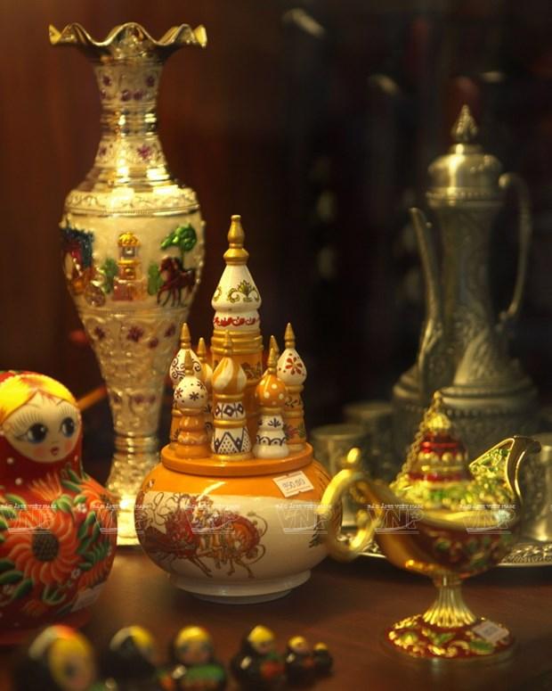 Kham pha phien cho Nga giua long Thanh pho Ho Chi Minh hinh anh 9