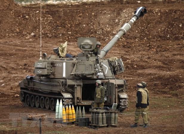 Dau phao giua Syria va Israel khu vuc cao nguyen Golan hinh anh 1