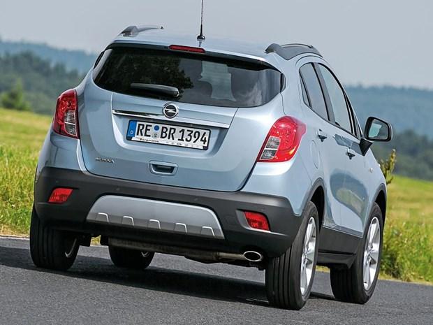 Opel cong bo gia ban mau Insignia va Mokka su dung dong co diesel hinh anh 1