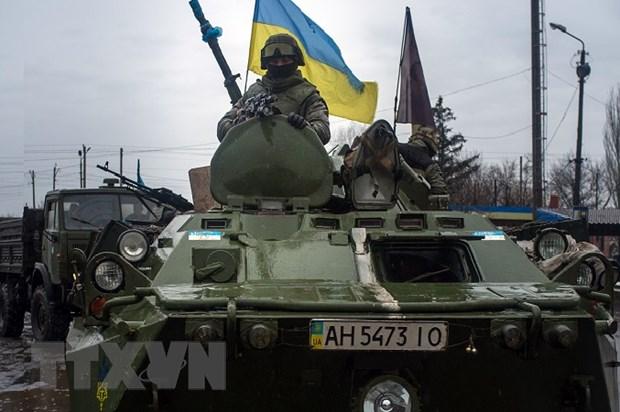 Ba Lan: Cung cap vu khi cho Ukraine la phuong an cuoi cung hinh anh 1
