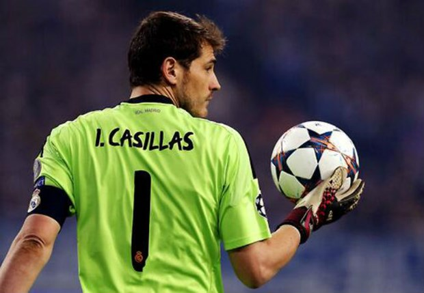 Iker Casillas tiep tuc tran giu khung thanh Real Madrid mua giai toi hinh anh 1