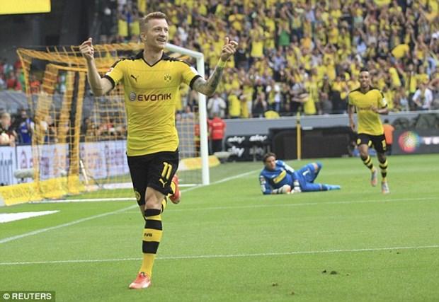 Dortmund dai thang Gladbach 4-0, HLV Thomas Tuchel ra mat hoan hao hinh anh 1