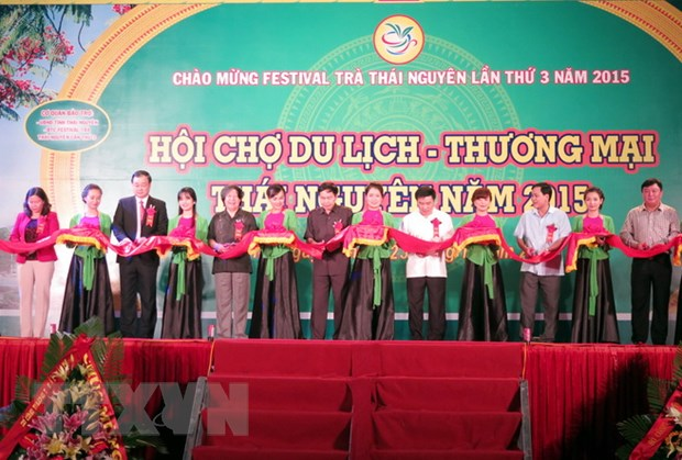 "Khai mac Festival Tra Thai Nguyen 2015 ""Tinh hoa Tra Viet"" hinh anh 1"