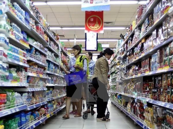 Tang thue VAT: 'Hay nhin mot cach day du, nghi nhieu cho nguoi dan' hinh anh 2