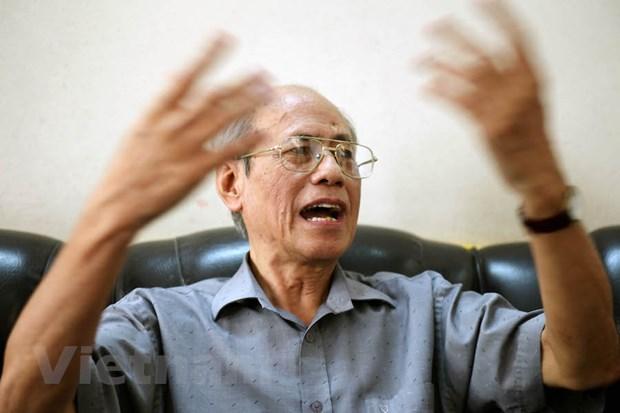 Tang thue VAT: 'Hay nhin mot cach day du, nghi nhieu cho nguoi dan' hinh anh 1