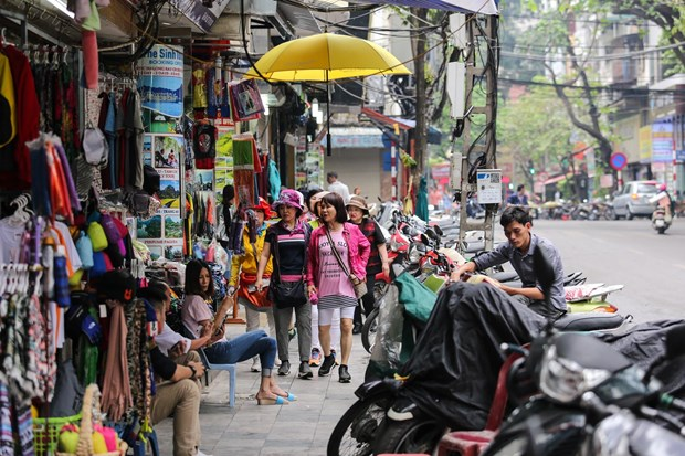 Vi sao Bo Tai chinh de xuat giam thue thu nhap doanh nghiep ve 15-17%? hinh anh 1