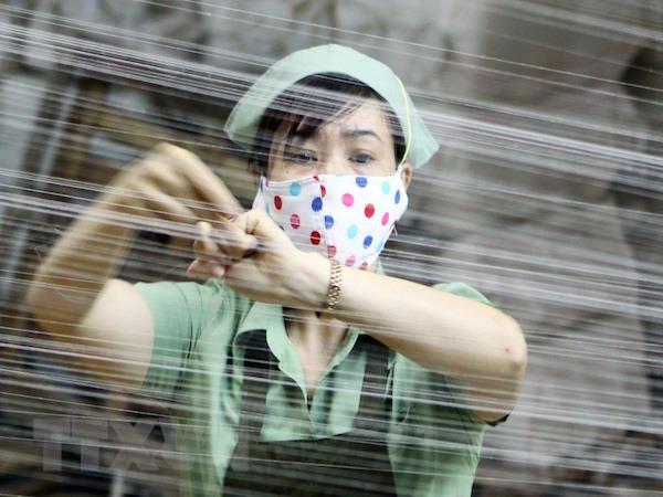 Giam thue thu nhap doanh nghiep: Lo doanh nghiep khong chiu lon? hinh anh 1