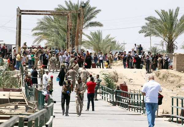 Bo truong Quoc phong Iran toi Iraq ban cach chong phien quan IS hinh anh 1