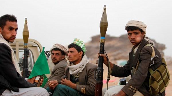 Yemen: Phien quan Houthi sat hai thi truong thu do Sanaa hinh anh 1