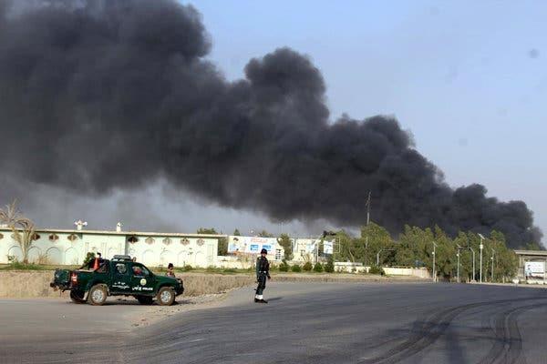 Afghanistan: No bom tai truong dai hoc lam 19 sinh vien bi thuong hinh anh 1