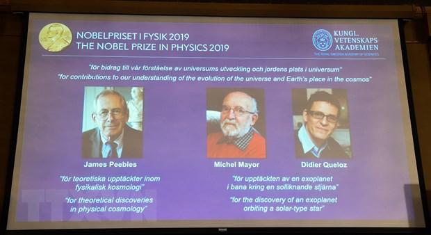 Giai Nobel Vat ly 2019 duoc trao cho nghien cuu lien quan den Vu tru hinh anh 1