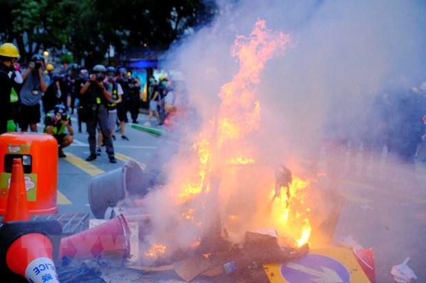 Hong Kong: Bat giu them hang tram nguoi trong cuoc bieu tinh moi hinh anh 1