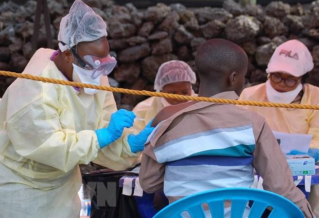 EU sẽ cấp phép cho vaccine đầu tiên trên thế giới phòng Ebola