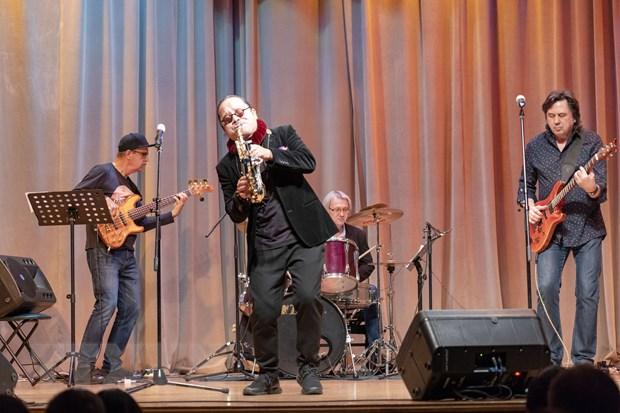 Giao luu van hoa thong qua hoa nhac Jazz Nga-Viet tai Moskva hinh anh 1