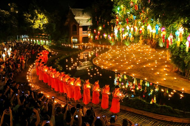 Thai Lan cam cac loai phao va den troi trong dip le Loy Krathong hinh anh 1