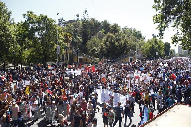 Chile: Cac dang lon de nghi co che tham gia soan thao hien phap moi hinh anh 1