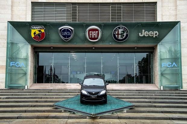Vu sap nhap Fiat-Peugeot se khong bi anh huong boi don kien cua GM hinh anh 1