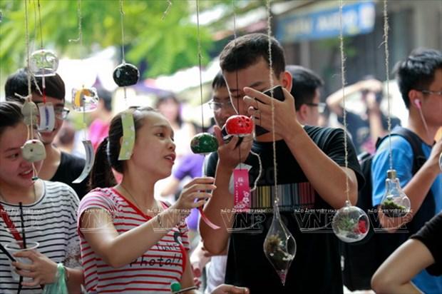 [Photo] Le hoi chuong gio - net van hoa doc dao Xu hoa Anh dao hinh anh 10