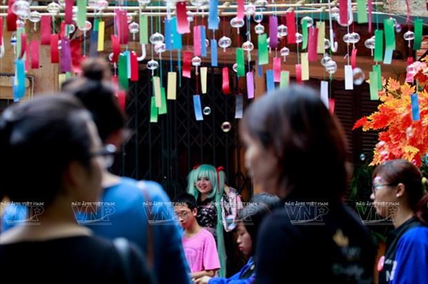[Photo] Le hoi chuong gio - net van hoa doc dao Xu hoa Anh dao hinh anh 4