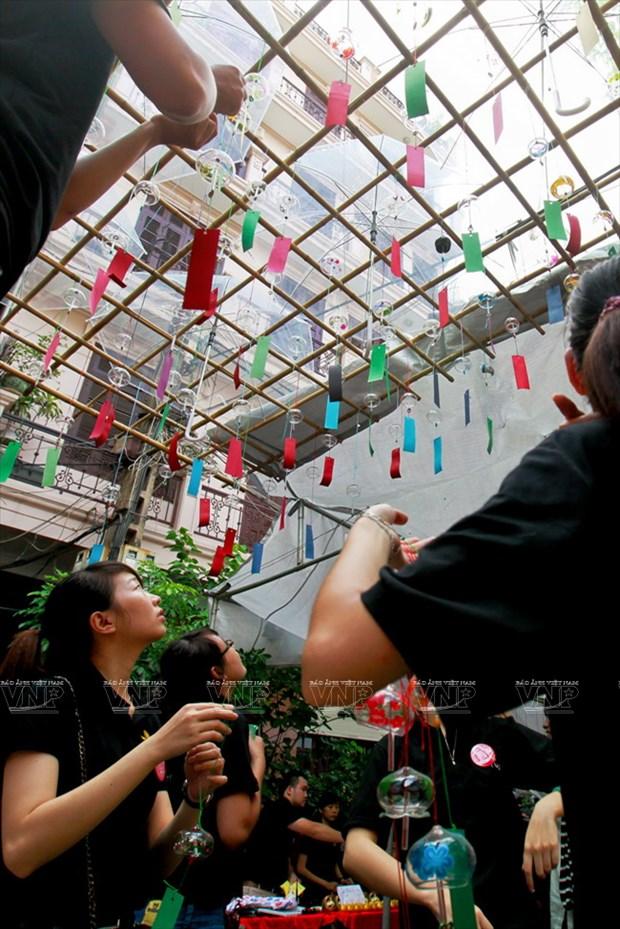 [Photo] Le hoi chuong gio - net van hoa doc dao Xu hoa Anh dao hinh anh 8