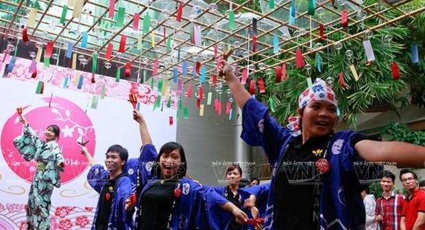 [Photo] Le hoi chuong gio - net van hoa doc dao Xu hoa Anh dao hinh anh 9