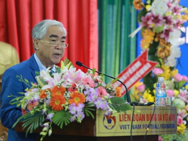 VFF: Co the moi HLV nguoi Nhat cho doi tuyen Viet Nam hinh anh 1