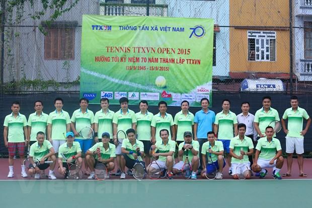 Khai mac giai Tennis Thong tan xa Viet Nam mo rong 2015 hinh anh 1
