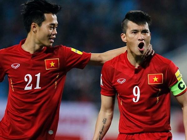 """FIFA ca ngoi doi truong Le Cong Vinh la """"Beckham cua Viet Nam"""" hinh anh 1"""