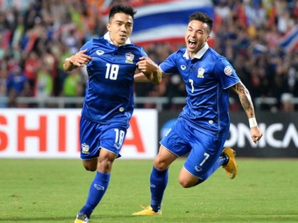 Chanathip den J-League, bong da Thai Lan lai di truoc Viet Nam hinh anh 1