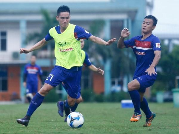 Huu Thang loai bon cau thu U20 Viet Nam khoi danh sach du SEA Games hinh anh 1