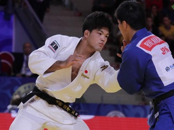 Doan 15 sinh vien que huong mon vo Judo thi dau giao huu tai Viet Nam hinh anh 1