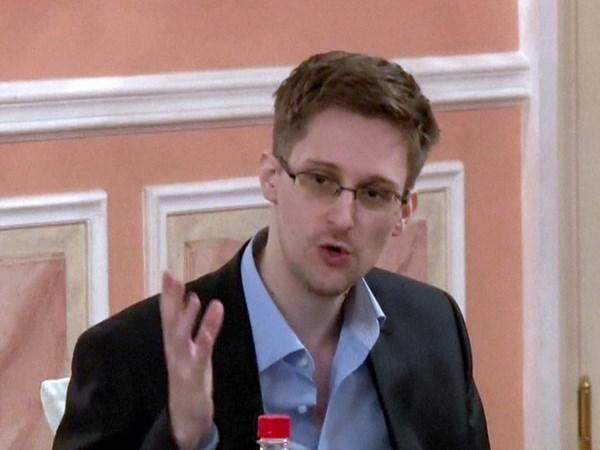 Edward Snowden duoc de cu cho Giai Nobel Hoa binh hinh anh 1