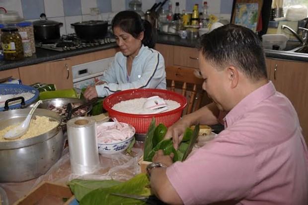Nguoi Viet o Trung Quoc, Nhat Ban va Australia don Tet hinh anh 1