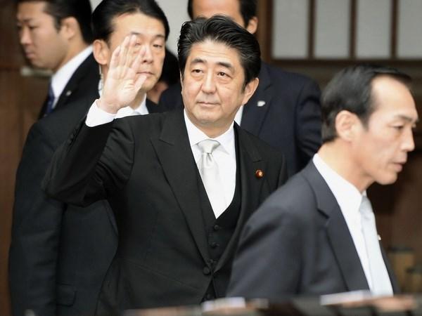 Thu tuong Nhat bi kien vi chuyen tham toi den Yasukuni hinh anh 1
