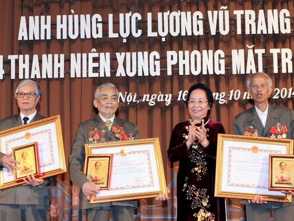 Phong tang, truy tang 5 cuu Thanh nien xung phong danh hieu Anh hung hinh anh 1
