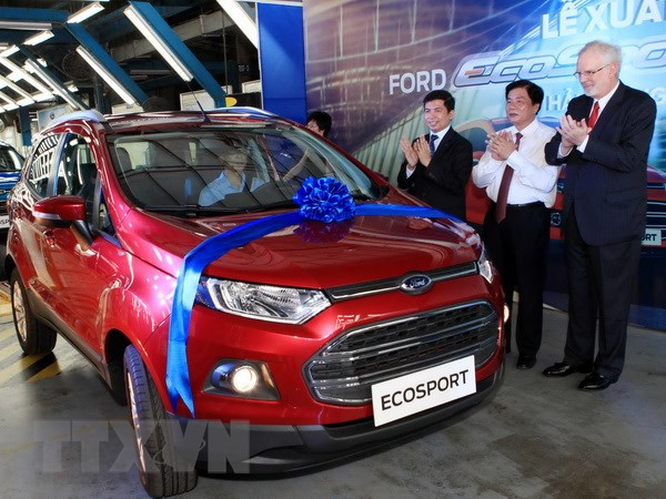 Ford Viet Nam dat ky luc voi doanh so 1.700 xe trong thang 4 hinh anh 1