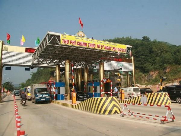 Giam gia ve tram Hoa Lac-Hoa Binh cho chu oto tai thi tran Luong Son hinh anh 1