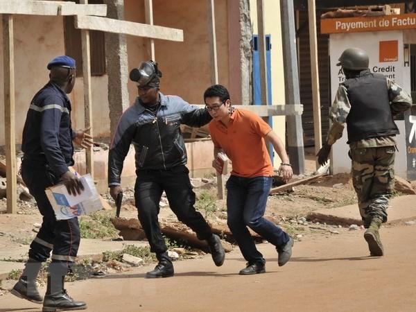 Mali ban bo tinh trang khan cap 10 ngay sau vu bat coc con tin hinh anh 1